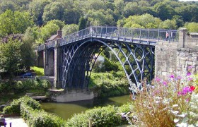 Canal-Dipping-Ironbridge
